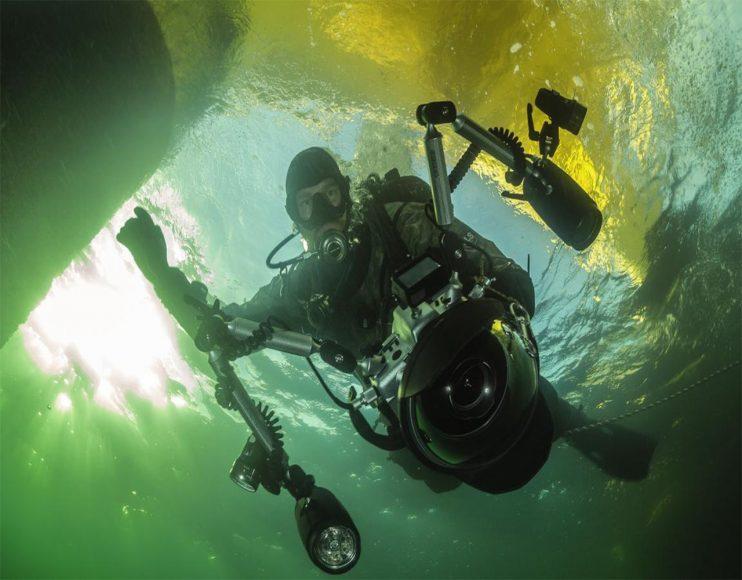 Oft tauche ich mit meiner Kamera ab und komme ohne ein einziges Bild wieder nach oben. Schlechte Sicht, Tier nicht da usw. Nur 5 Prozent der Tauchgänge für Unterwasserfotos sind bei mir erfolgreich. // ISO 160 / f/11 / 1/40 s / 2,8/15 mm © Robert Marc Lehmann