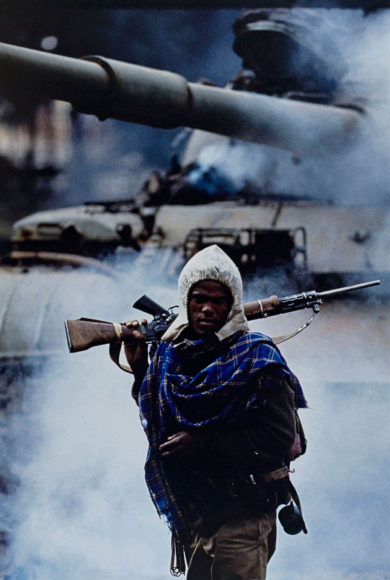 "Françoise Demulder, ""Fall of Addis Ababa, partisan of the Ethiopian People's Revolutionary Democratic Front, Ethiopia, 30 May 1991"". © Françoise Demulder/Succession Demulder/Roger-Viollet/Zeitverlag Gerd Bucerius GmbH & Co."