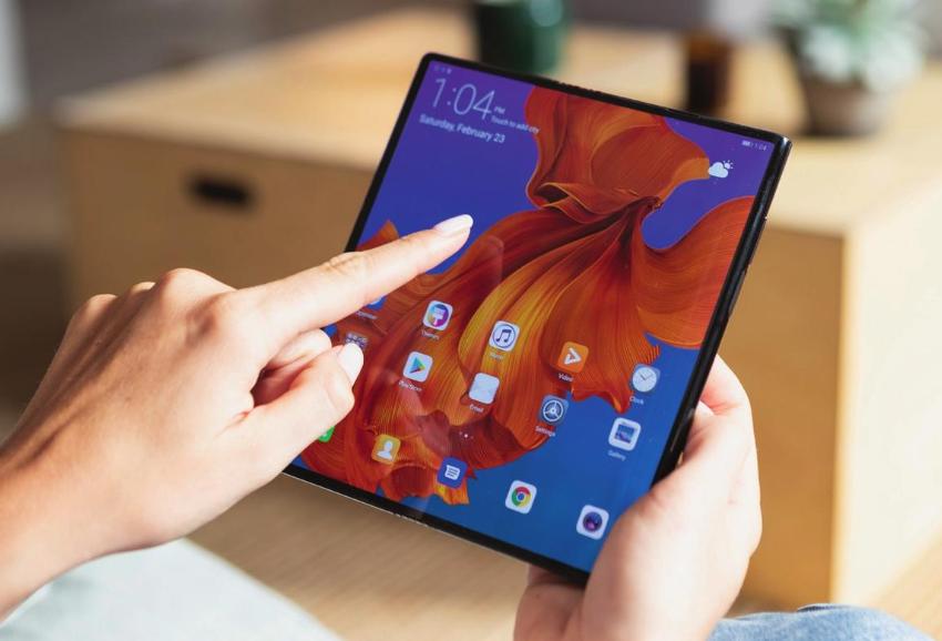 Ein Tablet oder ein Telefon? Von der Display-Technologie geht derzeit ein großer Entwicklungsschub aus.