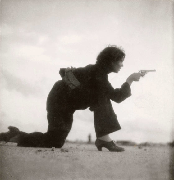 "Gerda Taro, ""Republican militiawoman training on the beach outside Barcelona, Spain, August 1936"". © International Center of Photography, New York"
