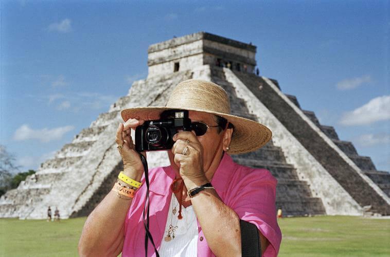 Martin-Parr Chichen-Itza Mexico 2002 © Martin-Parr Magnum-Photos