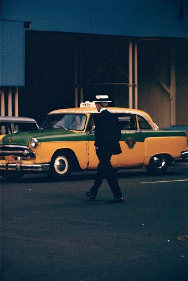 Saul Leiter, Straw Hat, ca. 1995., © Saul Leiter Foundation
