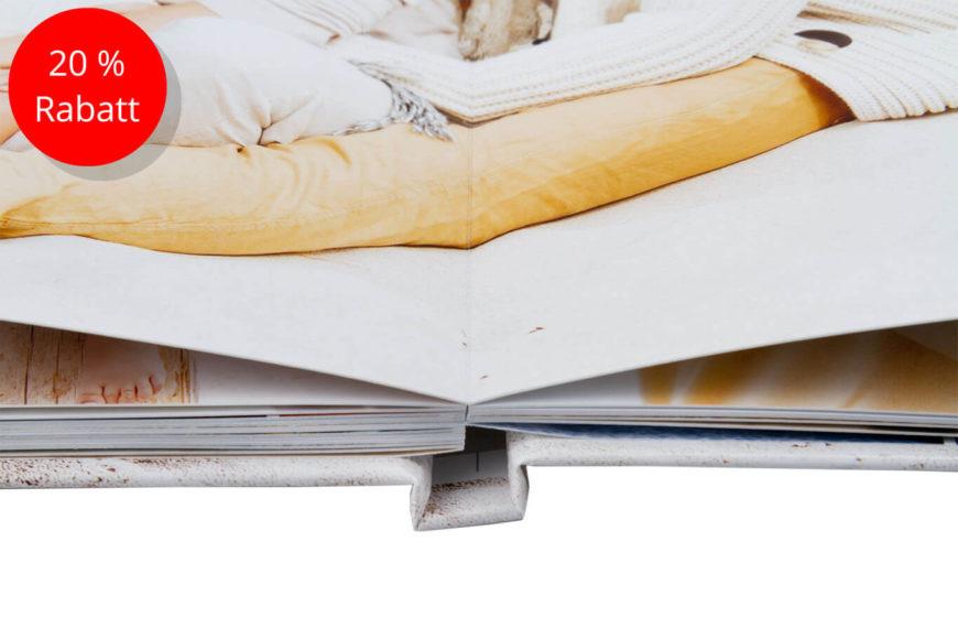 Layflat-Bindung Ohne sichtbaren Falz können Ihre Motive auch über die Seite hin weg gehen.