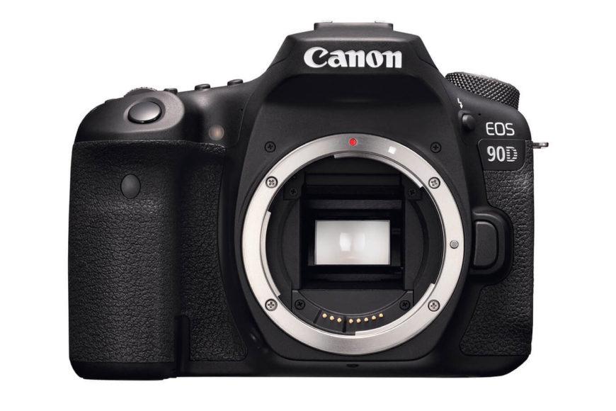 Die EOS 90D mit Spiegel und den vergleichbar großen Abmessungen punktet beim Einsatz mit längeren Brennweiten. Sport- und Wildlife-Fotografen ziehen meist den Blick durch den optischen Sucher vor.