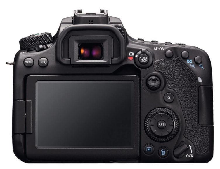 Der dreh- und schwenkbare Monitor der Canon EOS 90D mit seitlichem Gelenk erlaubt einen maximalen Bewegungsfreiraum, setzt aber das seitliche Verschwenken des Schirms voraus.