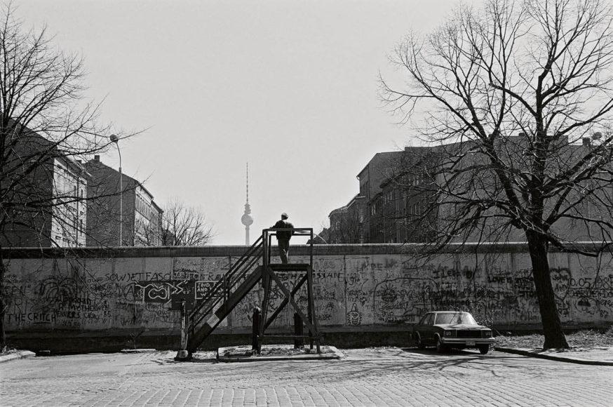 © Nelly Rau-Häring, Bernauer Straße/Brunnenstraße, 1987.