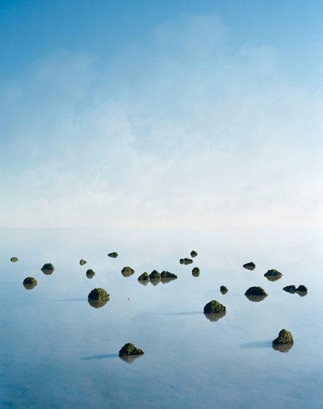Thomas Wrede, Islands (2008), C-Print, © Thomas Wrede, VG Bild-Kunst Bonn 2019, Courtesy the artist