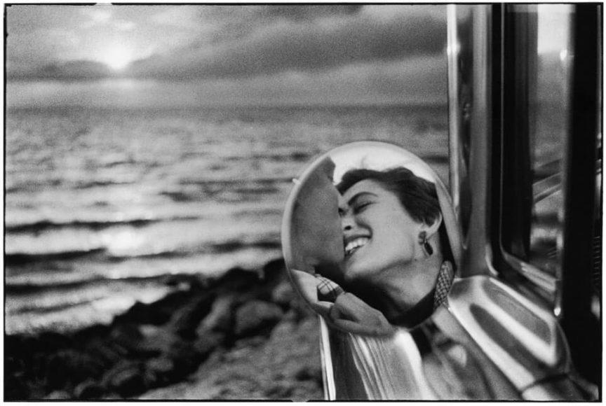 © Elliott Erwitt: USA, Santa Monica, California, 1955