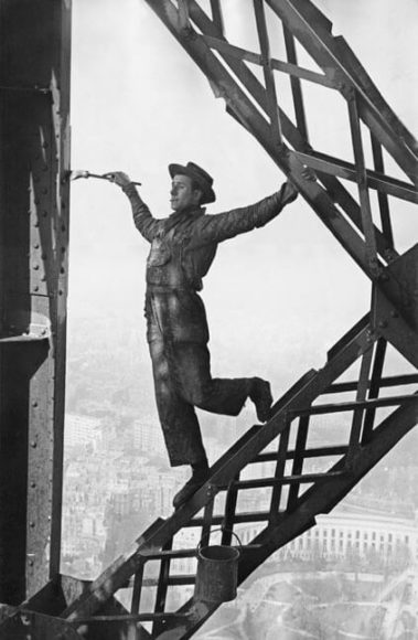 "© Marc Riboud: ""Painter of the Eiffel Tower"", 1953"