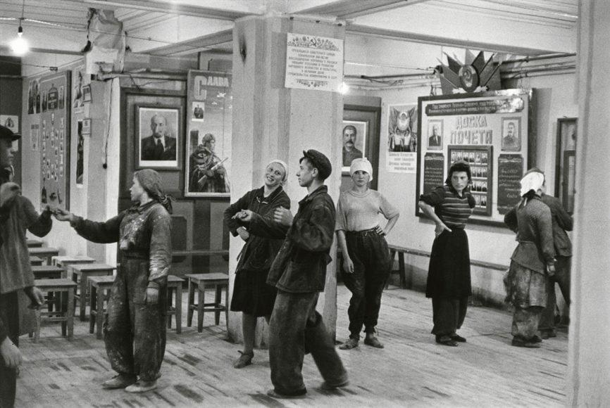 Arbeiterkantine, Moskau 1951. © Henri Cartier-Bresson, Magnum Photos.