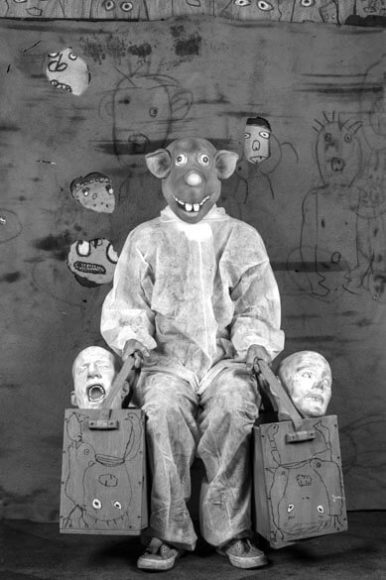 © Roger Ballen, Bounty adS Roger the R, 2017, courtesy ARTCO Gallery