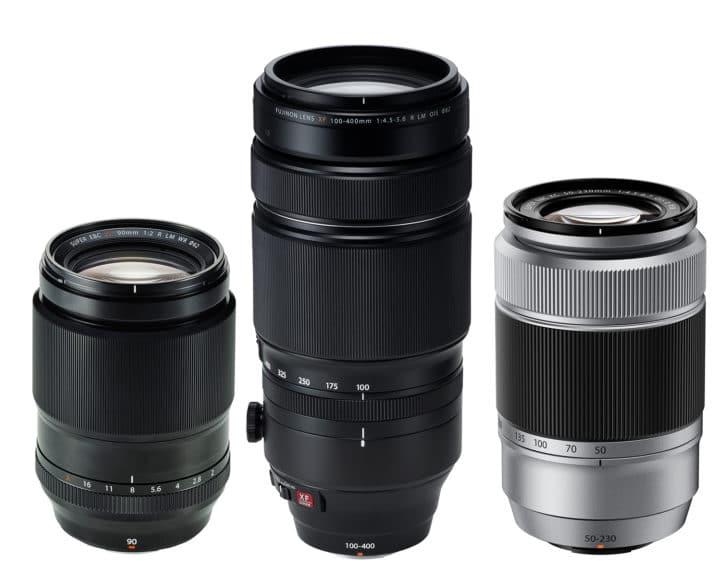 Für das X-System mit APSC-Sensor hat Fujifilm die hochwertigen XF-Objektive (von links XF 2/90 mm R LM WR, circa 850 Euro und XF 4,5-5,6/100-400 mm R LM OIS, circa 1.900 Euro) sowie die leichten XCModelle (XC 4,5-6,7/50-230 mm OIS II, circa 380 Euro) im Programm