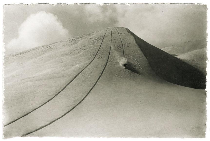 Der Schneevogel Foto: Emanuel Gyger und Arnold Klopfenstein aus der Sammlung von Dr. Daniel Müller-Jentsch