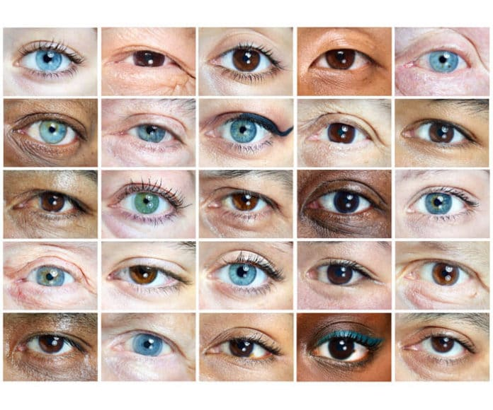 """© Martin Schoeller, Porträtfotograf, Deutschland: """"Lasst uns versuchen, einander ohne Worte zu verstehen, sogar ohne Ideen, einfach durch unsere gemeinsame Menschlichkeit. Und was ist ein besserer Spiegel unserer selbst, unseres Wesens, als unsere Augen? Vielleicht können wir instinktiv, durch Blickkontakt, ein tieferes Verständnis voneinander erreichen."""""""