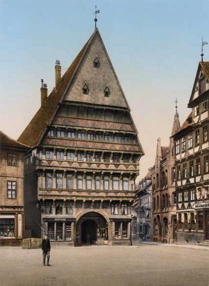 Hildesheim, Knochenhaueramtshaus / © Collection Marc Walter und TASCHEN