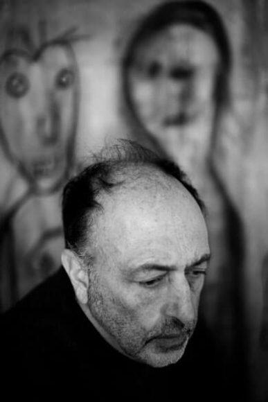 Marguerite Rossouw fotografierte den in sich versunkenen Roger Ballen 2015.