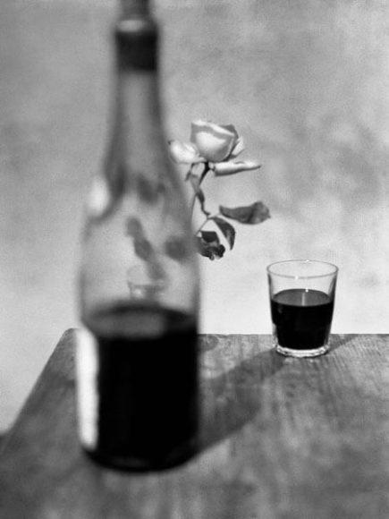 © René Groebli, Red wine, from the series The Eye of Love, Paris, 1952.