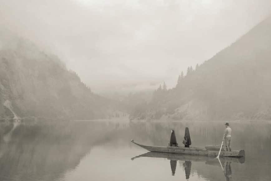 Im Wald. Auf dem See. 2020. © Erwin Olaf, Courtesy Galerie Ron Mandos Amsterdam.