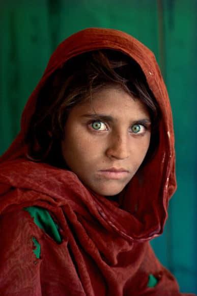 Afghan Girl. The Eyes of Humanity © Steve McCurry / courtesy of the Ernst Leitz Museum, Wetzlar 2021.