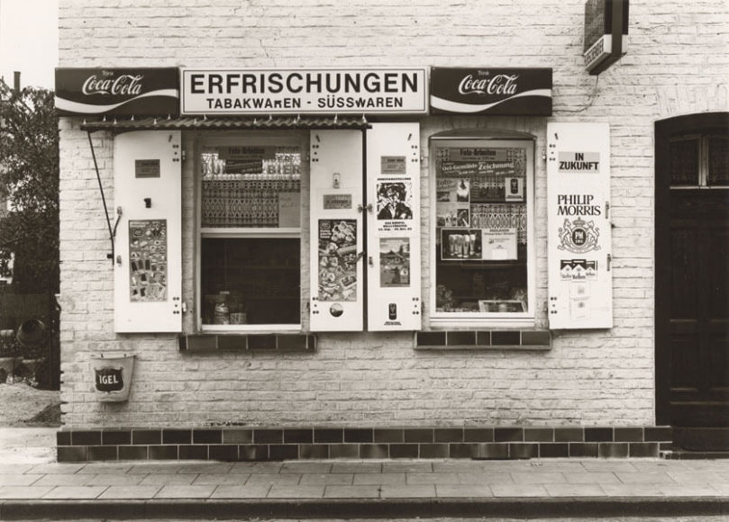 Tata Ronkholz (1940-1997), Ohne Titel (Trinkhalle), 1977, gelatin silver print, printed ca. 1977-1980, © Van Ham Art Estate / Courtesy Kicken Berlin.