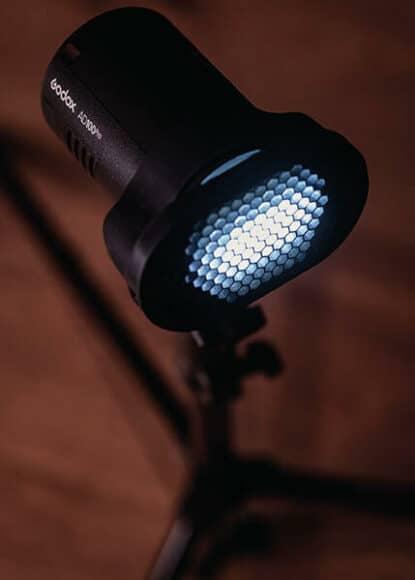 AD100 Pro mit Lichtformer von Magmod: jede Menge Optionen.