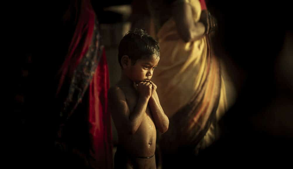 © Luigi Rota: Silver in People/Children.